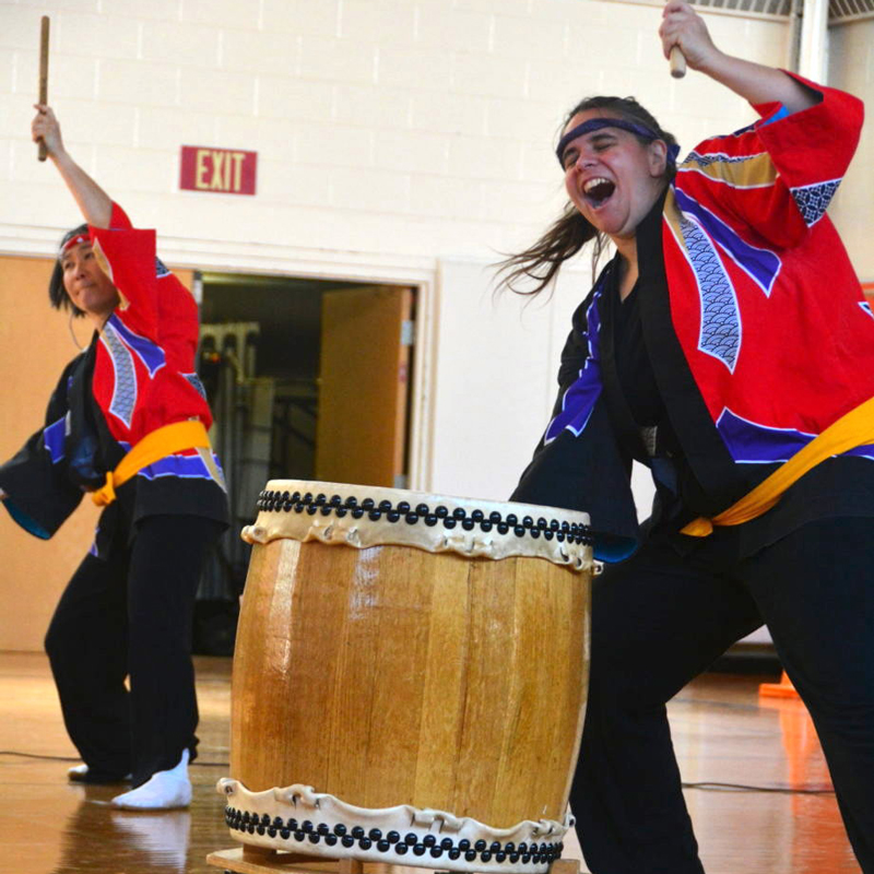 Odaiko New England performs taiko Japanese drumming for schools